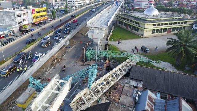 4 Kecelakaan Infrastruktur: Girder Jatuh Hingga Longsor Soetta (207575)