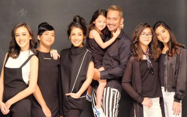 Keluarga Tora Sudiro