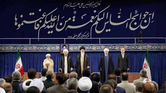 Khamenei Secara Resmi Restui Rouhani Pimpin Kembali Iran (749135)