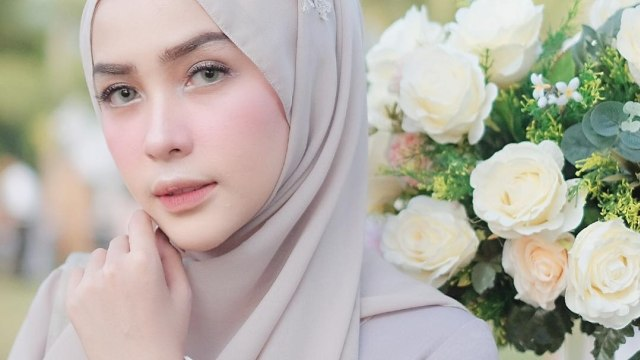 Blush On, Makeup Andalan Selebgram Hijab Hamidah Rachmayanti (135506)