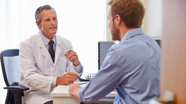 Ilustrasi konsultasi  dengan dokter.