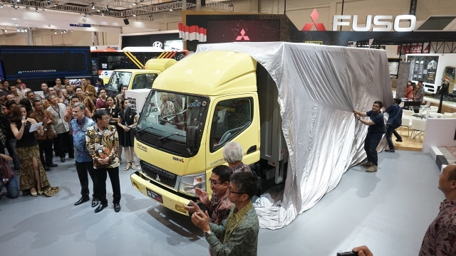 Pameran GIICOMVEC dan Indikator Pertumbuhan Pasar Kendaraan Niaga  (85318)