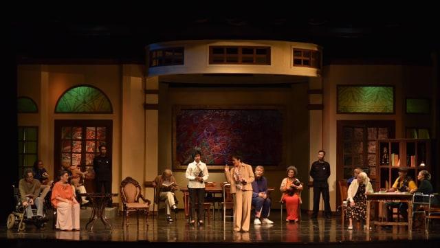 Warisan, Naskah Karya Sutradara Teater Koma yang Sarat Makna (20038)