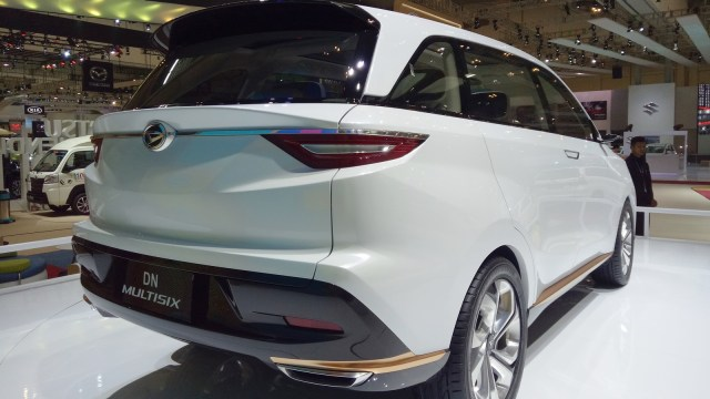 Mobil Konsep Daihatsu DN Multisix