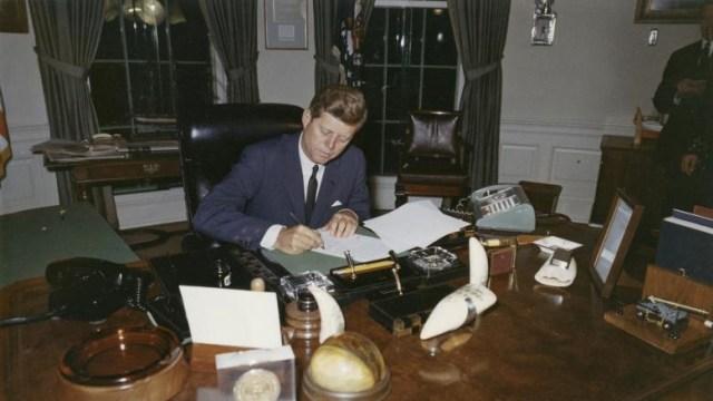 5 Fakta Tak Biasa Pembunuhan John F. Kennedy (101003)