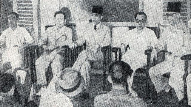 Konferensi Pers Sukarno dan Hatta Pasca-Proklamasi