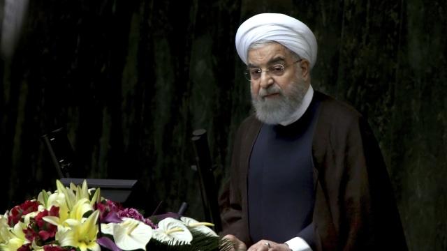 Iran Tuduh AS dan Negara Arab di Balik Penembakan Parade Militer (38387)