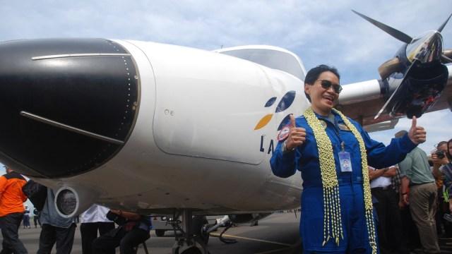 Kisah Esther Gayatri Saleh, dari Fotografer Istana Jadi Pilot Penguji Pesawat (879922)