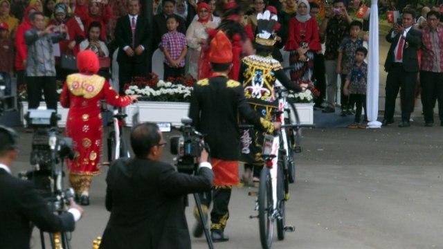 Jokowi, Doa, dan Upacara (36345)