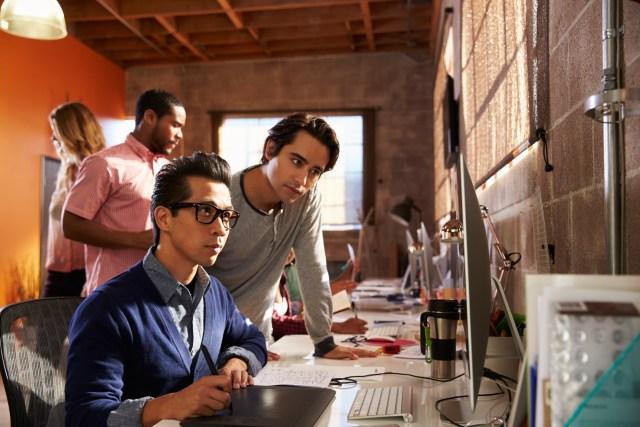 Com-Anak Muda Maju Jadi Enterpreneur