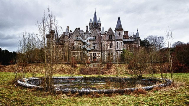 Miranda Castle, Celles, Belgium