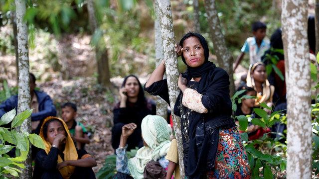 Tentara Myanmar Menggila, Bunuhi Bayi-bayi Rohingya, Bakar Masjid (246630)