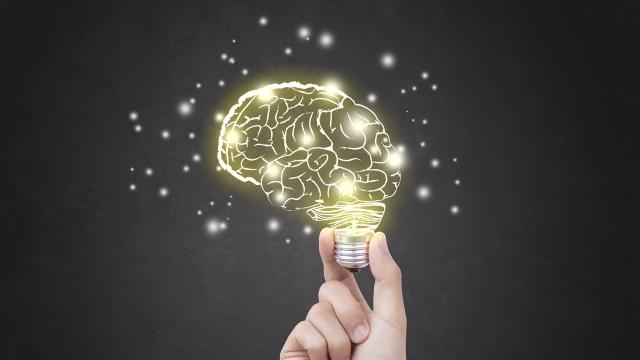 Ilustrasi otak mengingat daya pikir