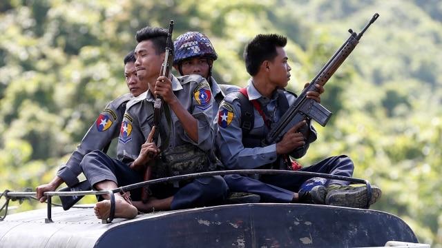 Pertempuran Antara Militer dan Pemberontak Myanmar Pecah di Perbatasan Thailand (567152)
