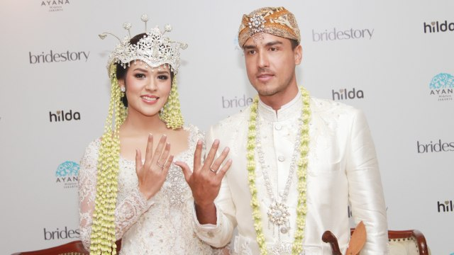 Kata Rekan Artis Soal Pernikahan Raisa Dan Hamish Daud Kumparan Com