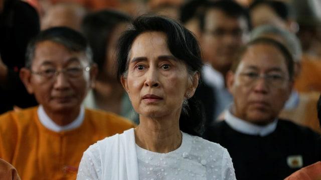 Suu Kyi Akan Hadapi Sidang Gugatan Genosida Rohingya di Belanda  (249691)