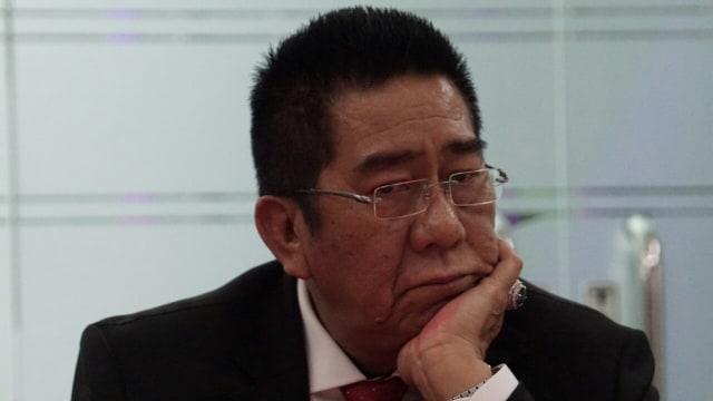 Henry Yosodiningrat, anggota pansus KPK