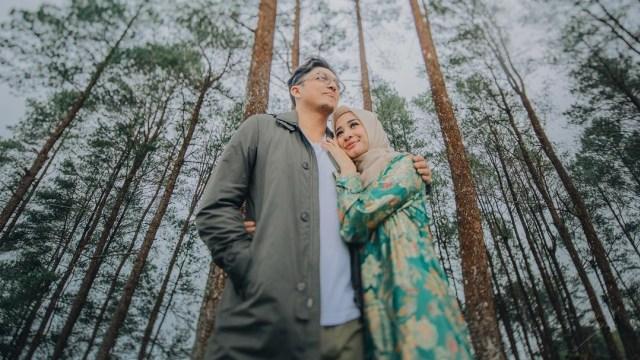 Rumah Tangga Dikabarkan Retak, Laudya Cynthia Bella Hapus Foto Pernikahan di IG (336925)