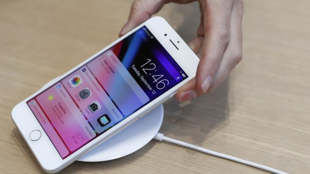 iBox Mulai Jual Wireless Charger iPhone X dan iPhone 8