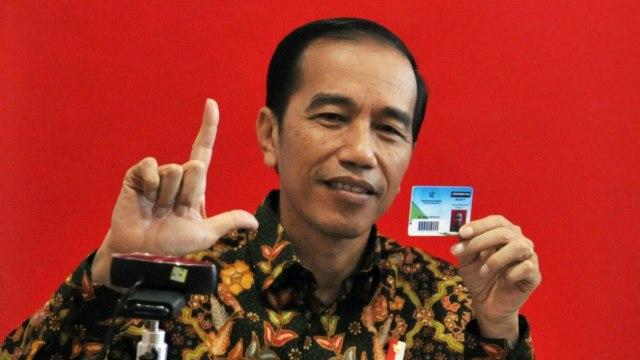 Jokowi dan kartu keanggotaan Perpusnas