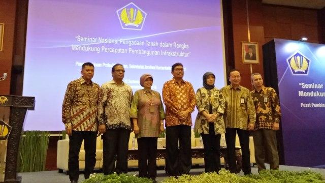 Seminar Nasional Pengadaan Tanah