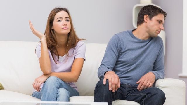 Ilustrasi pasangan yang bertengkar