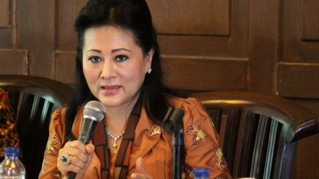 Cerita Anggota DPR Endang saat Jenguk Novanto dalam Foto yang Beredar (39095)