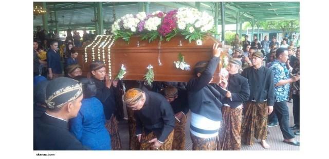 Mengintip 14 Tradisi Unik Upacara Kematian di Indonesia (104188)