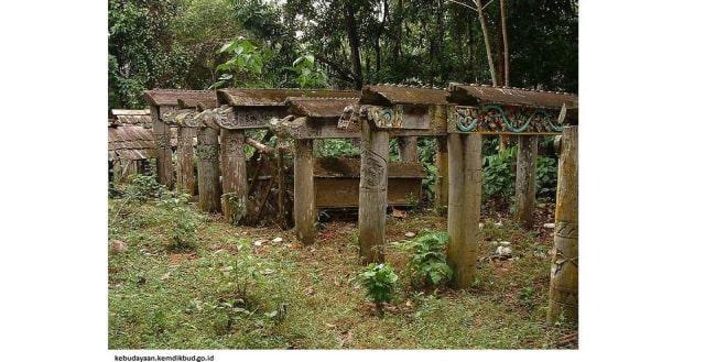Mengintip 14 Tradisi Unik Upacara Kematian di Indonesia (104199)