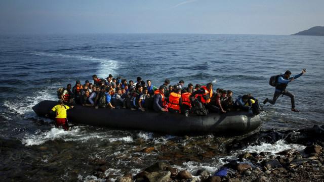 Tentara Tunisia Selamatkan 54 Migran yang Hampir Tenggelam di Laut Mediterania (168179)