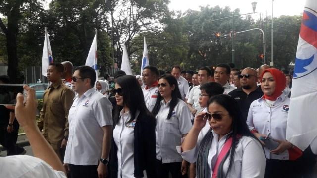 Long march Hary Tanoe, Liliana Tanoe dan kader Perindo.