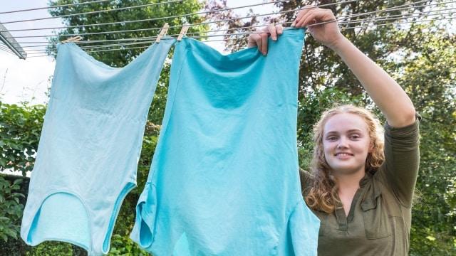 Biasakan anak untuk mencuci baju
