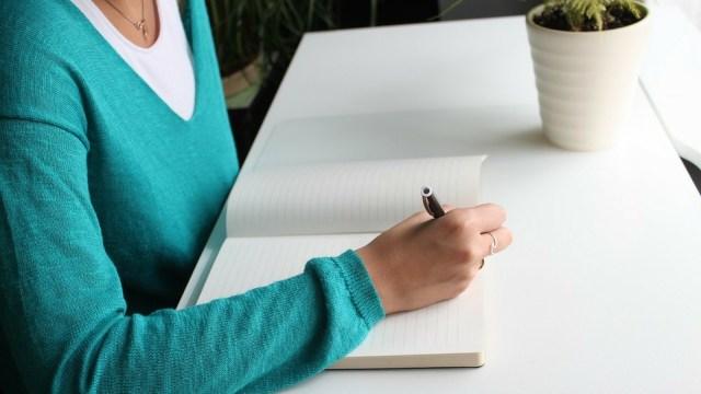 Ketahui Manfaat Menulis Jurnal untuk Redakan Stres dan Cara Tepat Melakukannya (21873)