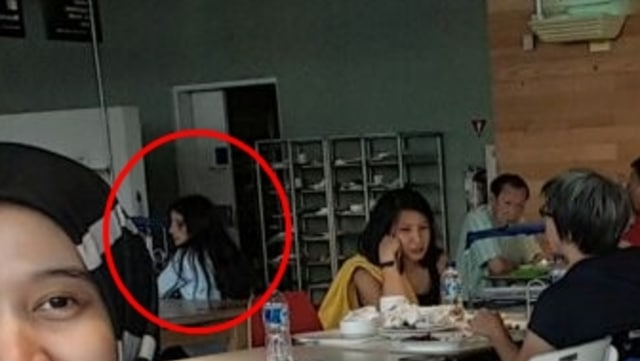 Heboh Sosok Hantu di Mal di Serpong Tertangkap Kamera saat Selfie (508)