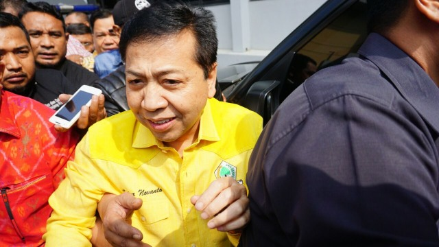 Novanto Kecelakaan di Permata Hijau, Mobilnya Tabrak Tiang Listrik (94346)