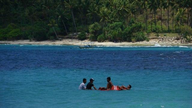 kumparan Getaway di Pantai Nipah, Lombok Utara