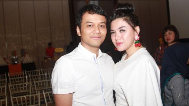 Vicky Shu dan suami