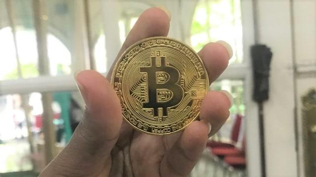 Harga Bitcoin Meroket Rp 240 Juta, Ternyata Ini Penyebabnya (40376)