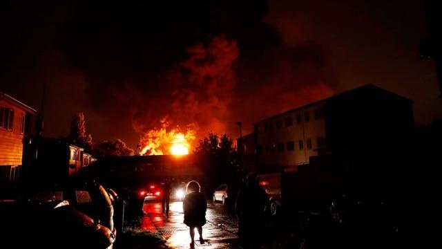 Derita Mahasiswa Indonesia di Balik Kebakaran Gudang di Tottenham (285839)