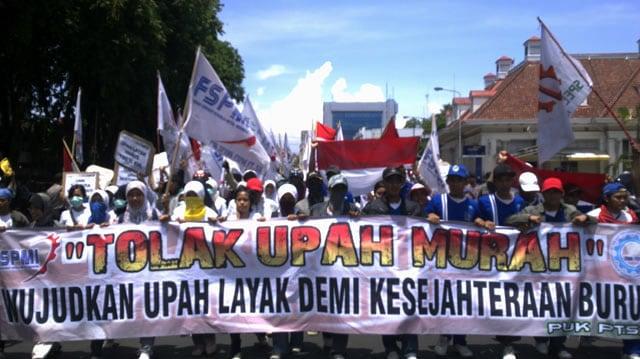 """Rencana Buruh Untuk Menagih realisasi kontrak Politik Kepada """"Bapak Upah Murah""""  (554051)"""