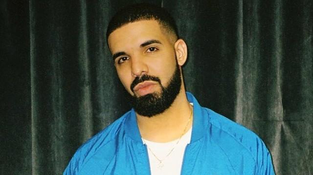 Pakai Produk adidas Saat Manggung, Drake Resmi Hengkang dari Nike? (63561)
