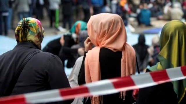 Ilustrasi hijab di Amerika