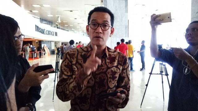 Refly Harun: Ahok Bisa Petantang-Petenteng Karena Cantolannya Presiden Jokowi (70771)