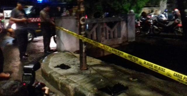 Tiang Listrik 'Saksi' Mobil Setya Novanto Celaka Dipasang Garis Polisi (771467)