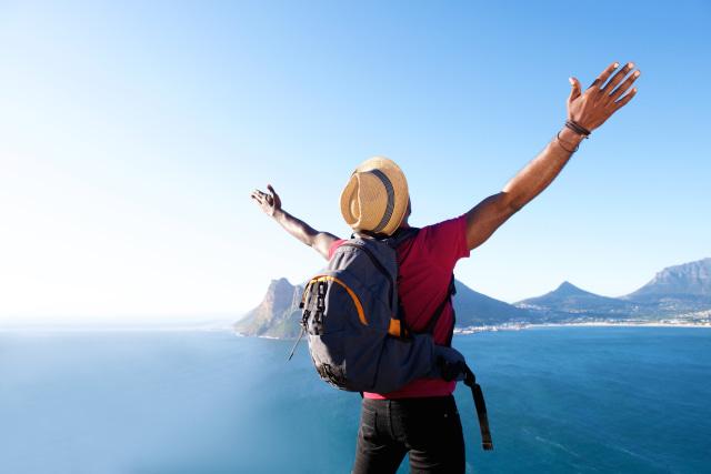 com-Travelling