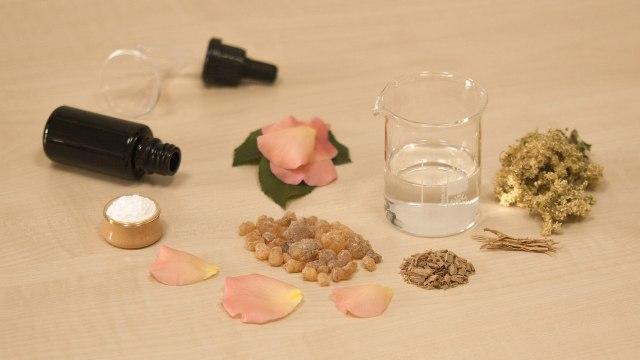 3 Cara Memanfaatkan Essential Oil untuk Meredakan Flu & Demam (247811)