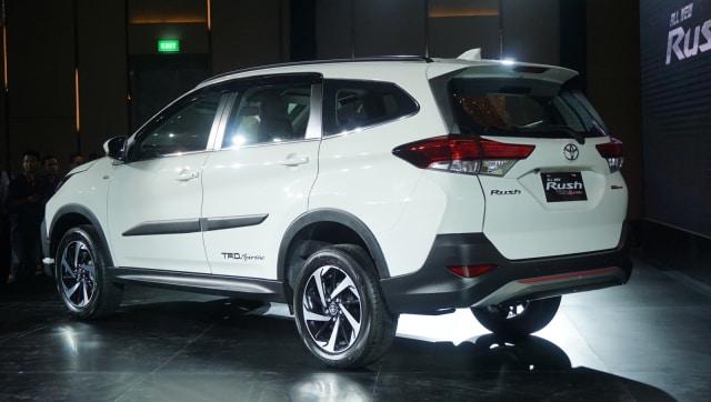 Bedah Toyota Rush TRD Sportivo, Varian Low SUV Terlaris (1029523)