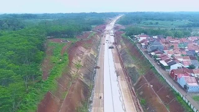 Jalan tol Batang-Semarang
