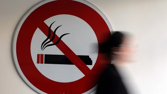 Merokok Dapat Tingkatkan Risiko Gangguan Pendengaran (59980)