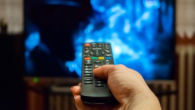 Ilulstrasi Nonton Tv